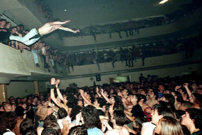 Mosh Jump Rock Stage Concert