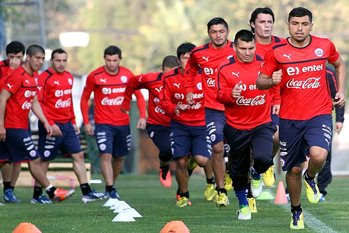 Seleccion Chilena Entrenando