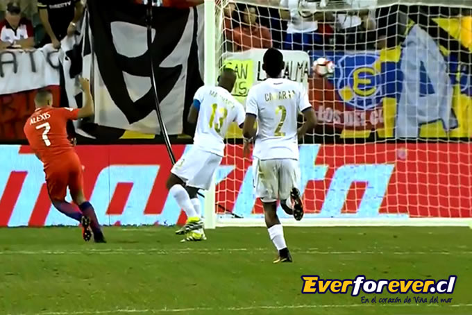 Alexis Sanchez Chile Everton