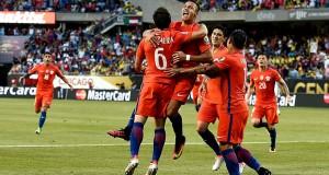 Selección Chilena celebrando 2